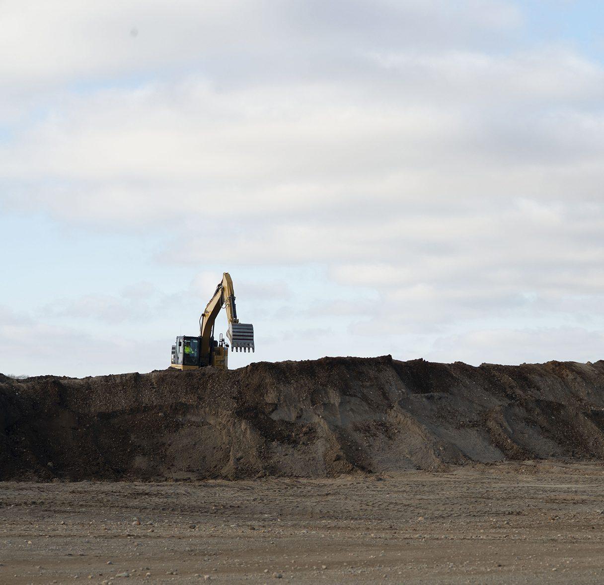 Large excavator working