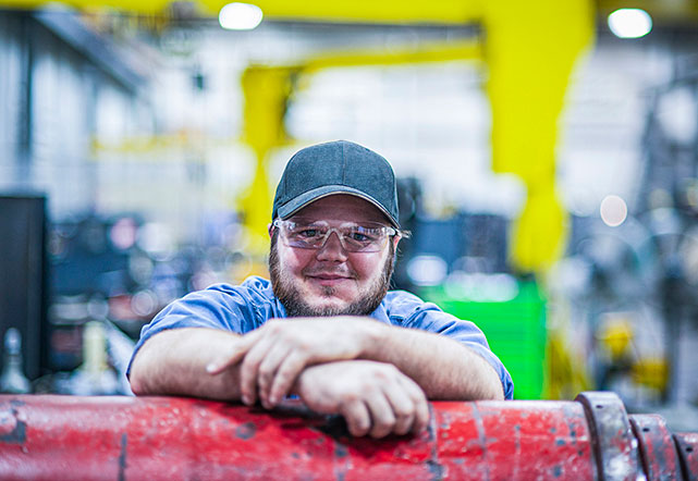 Photo of a complete hydraulic employee